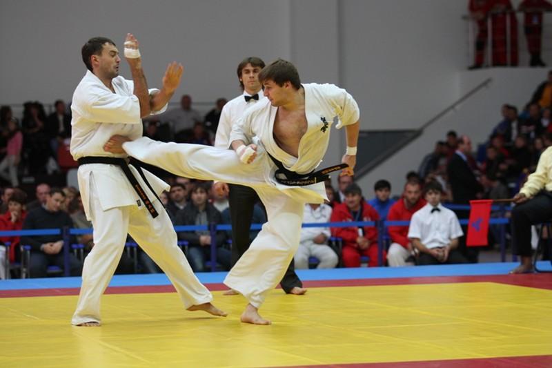 Открытый чемпионат Ханты-Мансийского автономного округа-Югры по каратэ 18 лет