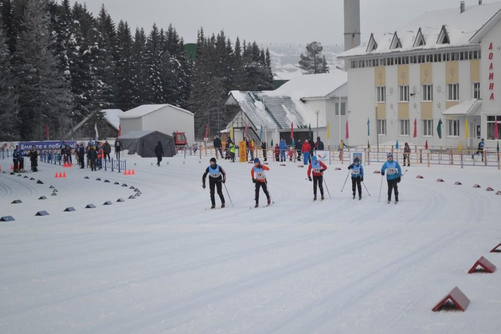 Соревнования по лыжным гонкам СДЮСШОР Ханты-Мансийск