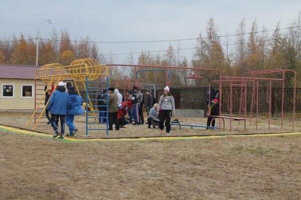 Спортивная площадка Нижневаротвск