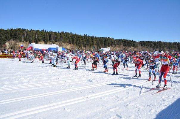 Участники лыжного марафноа