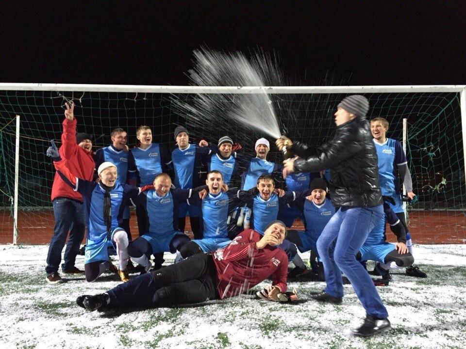 Футбольный клуб Газпромтранс из Сургута фото