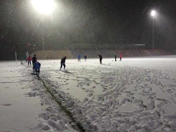 Зимний футбол в Сургуте