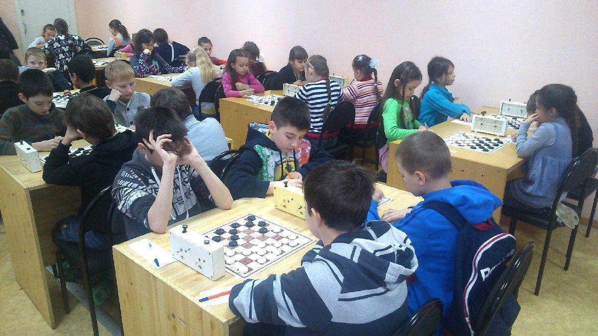 шашки в Сургуте