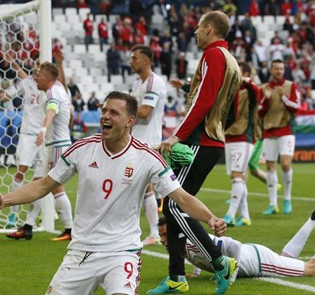 Сборная Венгрии победа над Австрией.