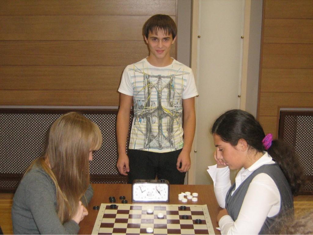 Шашки Урфо Сургут На фото Михаил Носов и Екатерина Семенцова(справа)