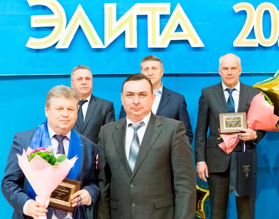 Президент городской федерации волейбола Юрий Елин