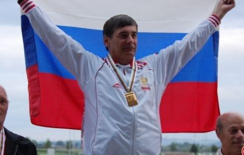 Владимир Куц из Нягани арбалет