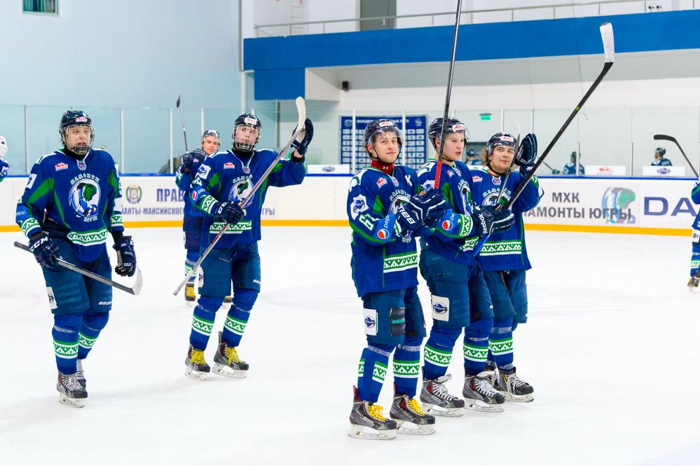 Мамонты Югры хоккеисты Ханты-Мансийск