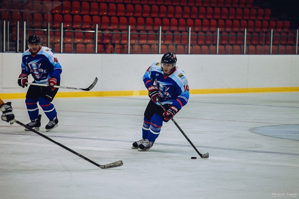 Дмитрий Сорокин хоккей Нефтегаз