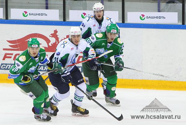 """Мамонты Югры сыграли против """"Толпара"""" в Кубке Харламова"""