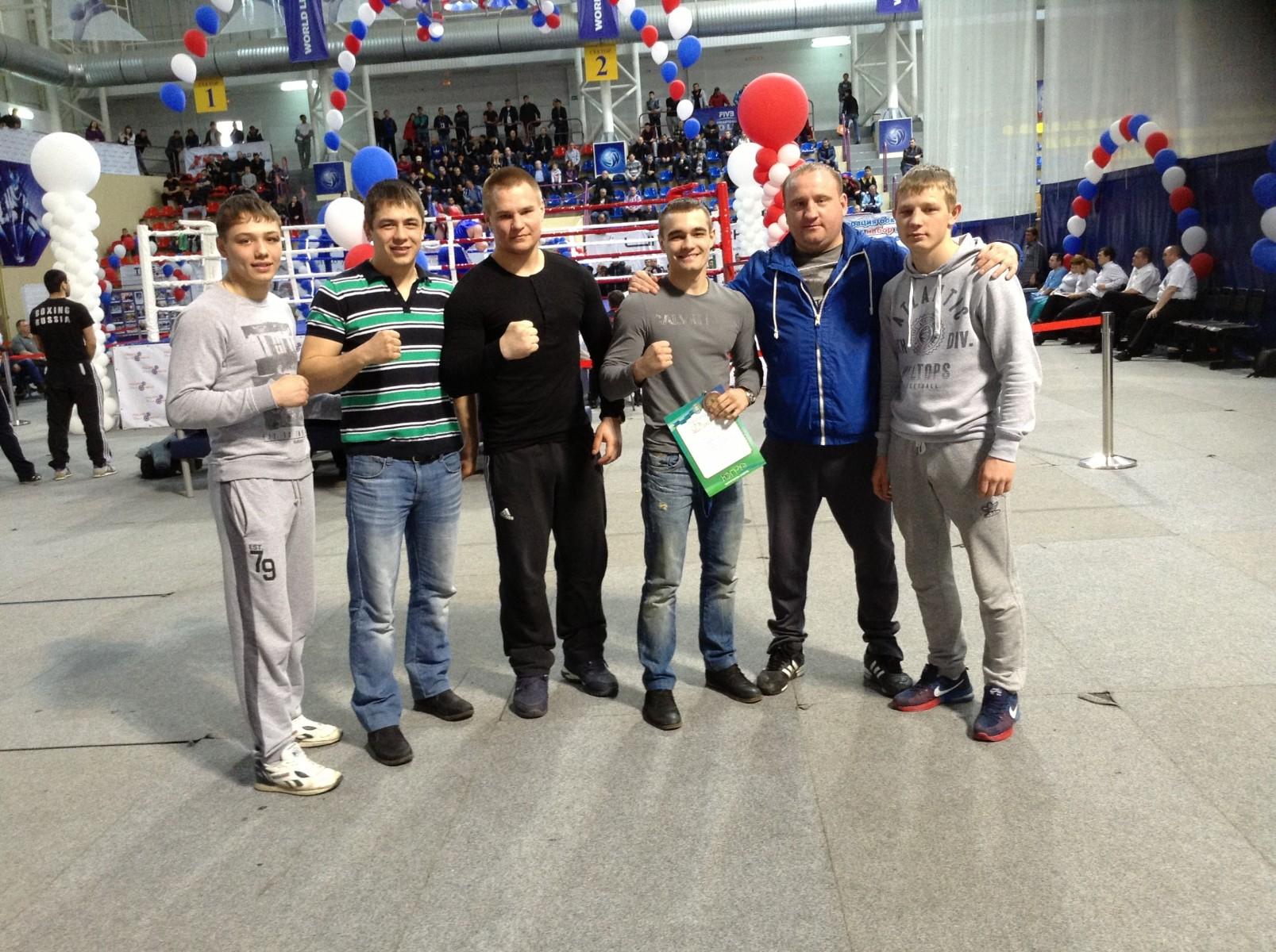 Участники турнира по боксу