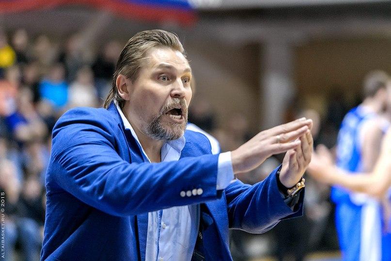 Баскетбольный тренер Сергей Ольхов в Сургуте