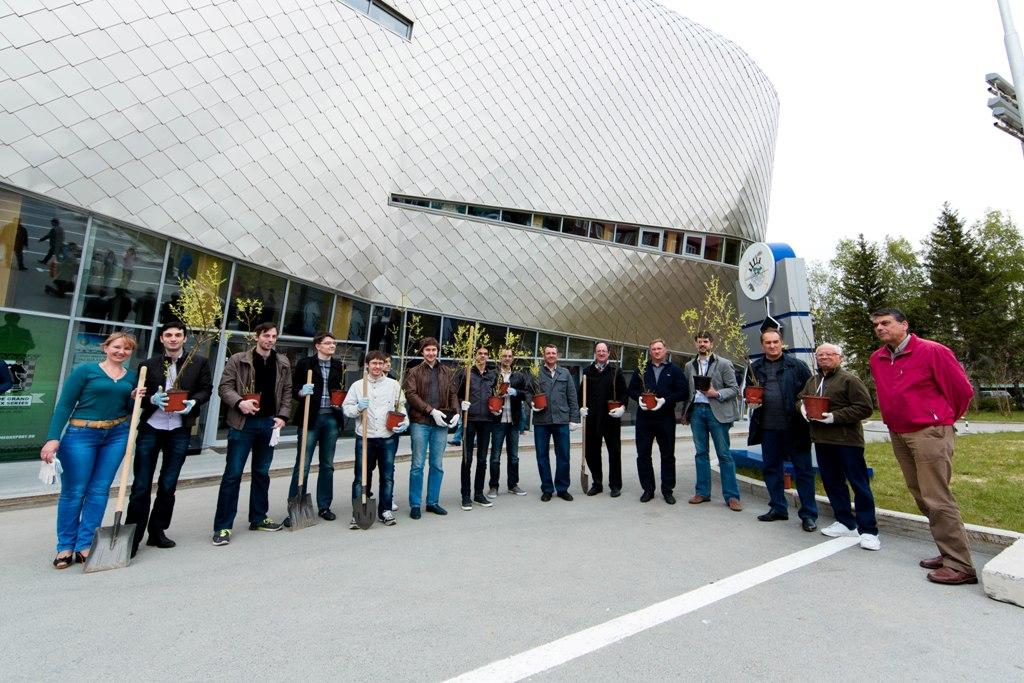 Участники Гран-при ФИДЕ разбили Аллею чемпионов