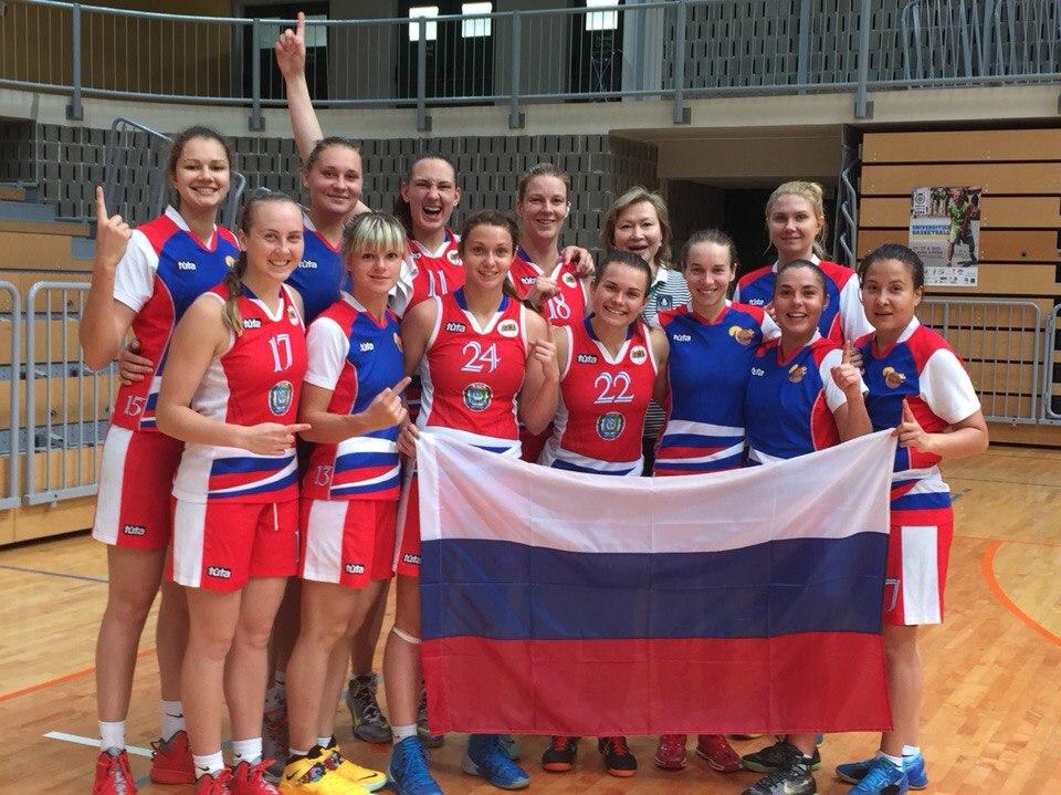 Команда Сургутского Государственного Университета на чемпионате Европы по баскетболу среди вузов