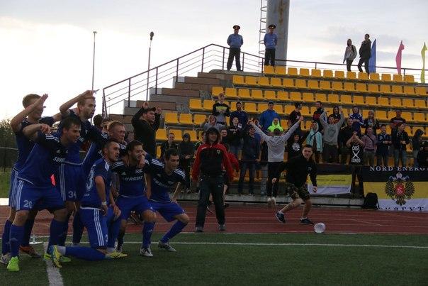 Игроки команды ССМ Сургут фото