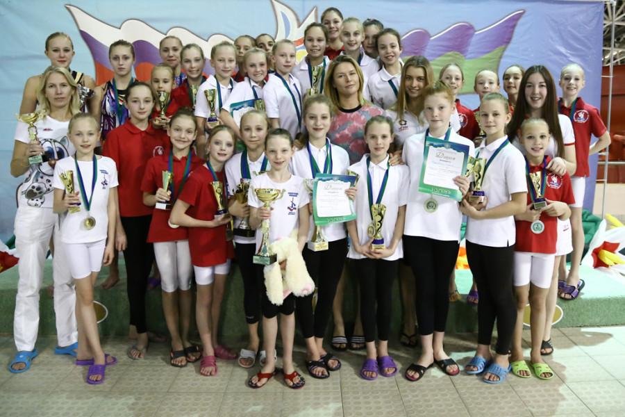 Победители турнира Жемчужина Югры синхронное плавание